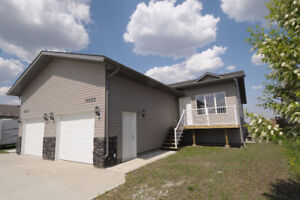 Spacious Duplex for Rent in Morinville