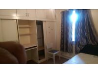2 bed 1st flat available to let on Mayesbrook road ilford