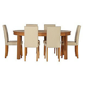 Woodbury Oval Extendable Table & 6 Cream Chairs.