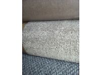 super quality thick saxony carpet on hessian back 2,7m x 4m