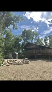 Gorgeous cabin for sale at Emma Lake! Carwin Park! Lake views!!