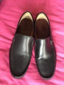 Men's burton shoes, size 8