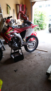 Dirt bike crf 450