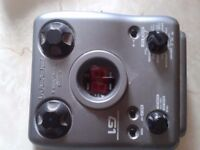 zoom g1 multi effects pedal and power supply