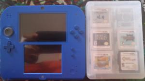 Nintendo 2ds avec 5 jeux