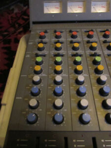 FOSTEX 350 MIXER MADE IN JAPAN MINT CONDITION