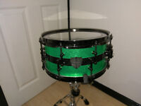 "DSP Drums 12x6"" 8 offset lug Florescent green sparkle snare drum"