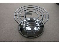 Circulon burner for table top entertaining. Boxed item with full instructions.