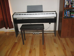 Casio PX120 Privia Keyboard with Music Stand and bench