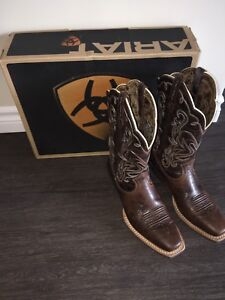 Ariat Female Cowboy Boots.