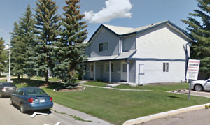 3 Bedroom Townhouse- Great Location Spruce Grove