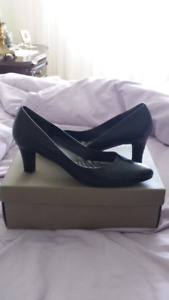 black pumps size 8.5  real leather
