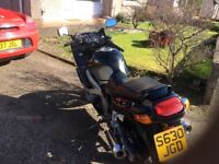 ZZR600 for sale in black with mot till march 2018