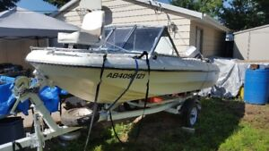 Glascon Boat with 70hp Evinrude Motor, Mint Condition.