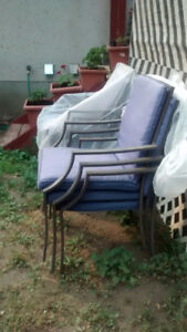 SIX METAL CHAIRS WITH CUSHION SETS INCLUDED b l u e p a d s