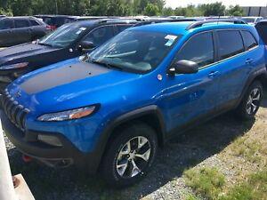 Jeep Cherokee Trailhawk 4 portes 4 roues motrices