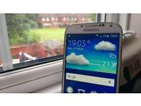 Galaxy S4 with cracked glass for sale