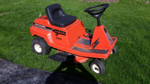 Lawn tractors and mowers  wanted for parts salvage and/or repai