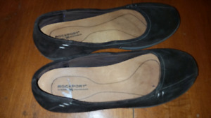 Brown Rockport flat shoes