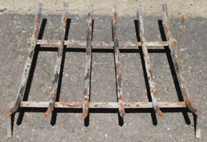 Fireplace / Fire Pit Grate
