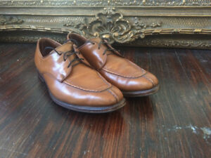 Allen Edmonds Parkway dress shoes