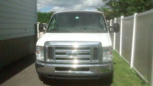 2010 Ford E-350 Commercial Fourgonnette, fourgon