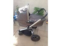 Quinny buzz carrycot and buggy