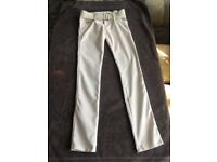 White trousers size 6