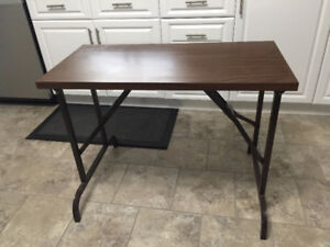 "Folding table 18""x36"" Extremelly Sturdy"