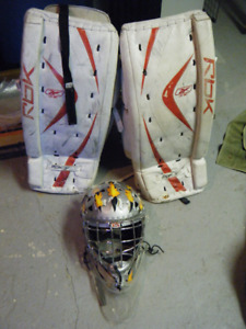 Jambières et masque gardien de but hockey goaler pads mask