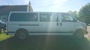 For Sale - 2001 Chevy Express 15 Passenger Van