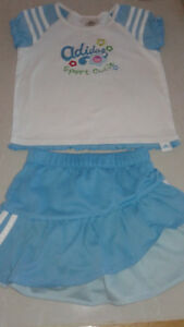 Ensemble Adidas fillette 3T