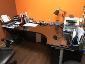 Computer/Office Desk (heigh adjustable) Excellent Condition