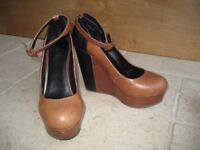 Aldo tan and black wedge heel shoes, size 5 / 38