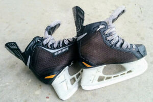 "Hockey Skates ""BAUER"" for boys of 6-8 years old (US size-3)"