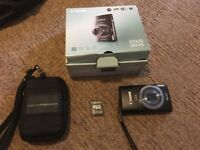Canon IXUS 265 HS digital compact camera and accessories