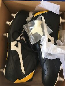 Rugby Cleats Mizuno brand new size 10.5