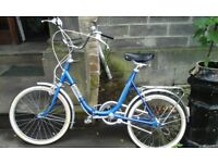 Retro tripper fold up bike in excellent condition