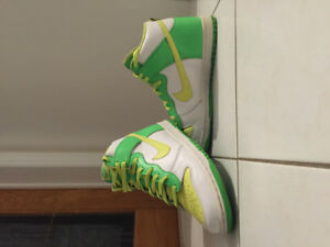 WICKED NIKES LIME GREEN IN FASION