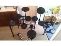 Alesis Nitro Electronic/Electric/Digital Drum Kit/Set - (RRP £369)