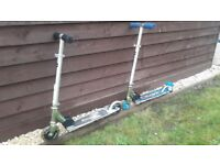 Razor scooter x2 in excellent condition