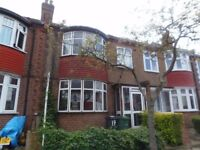Spacious 3/4 Bedroom House, within easy reach of Central Brixton. Available End Aug & Furnished