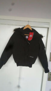 Canada goose woman's xxs Chilliwack jacket brand new