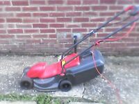 FLYMO EASIMO LAWNMOWER.