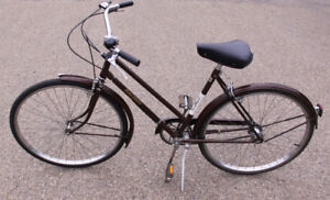 Raleigh Sports 3 Speed Cruiser womens bicycle
