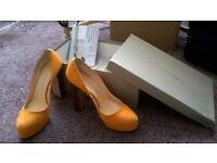 Bionda Castana shoes Size 4 - NEW