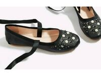 Brand new Topshop kisses ballet style shoes Black real leather with pearl detailing Size 5