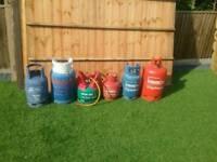 Emptey gas bottels