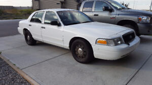 2011 Ford Crown Victoria City Police Interceptor LOW KMS 250HP