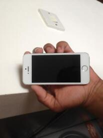 iPhone 5s 16gb locked to 02 network. Good condition